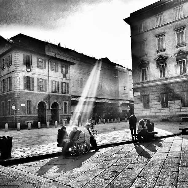 Fermati Milano: l'evento oggi, la mostra domani.