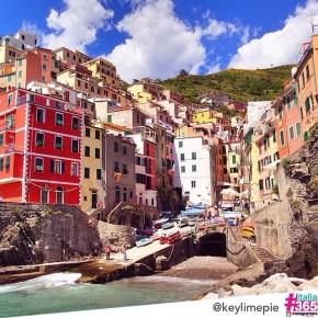 foto scelta per #italia365 – Riomaggiore (Cinque Terre) – @keylimepie