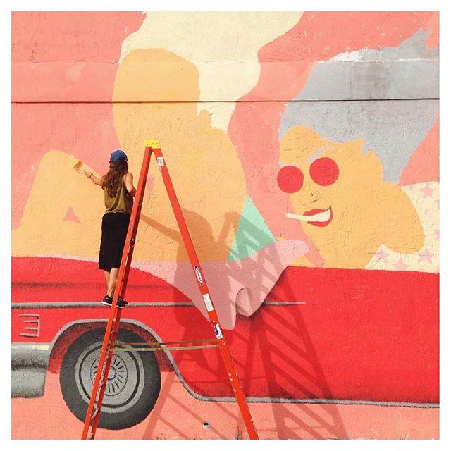 La street art di Marina Capdevila: colore e gioia di vivere