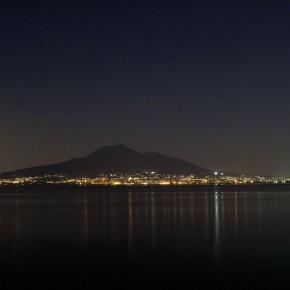 Vesuvio by night. Foto @qilyahn