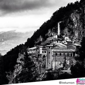 foto scelta per #italia365 – Monastero San Benedetto di Subiaco (Roma) – @ireturnon