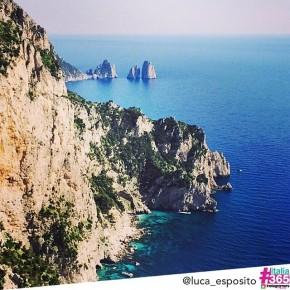 foto scelta per #italia365 – Faraglioni di Capri – @luca_esposito