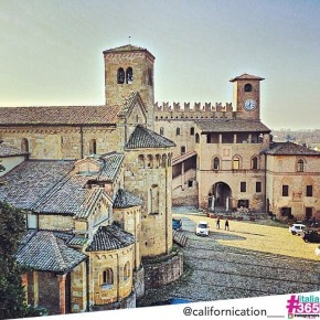 foto scelta per #italia365 – Castell'Arquato (Piacenza) – @californication__