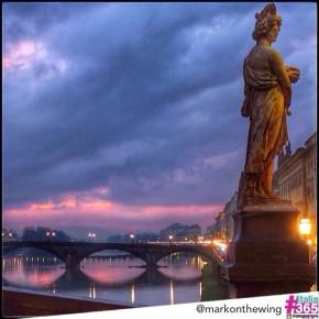 foto scelta per #italia365 - ponte Santa Trinità - Firenze - @markonthewing