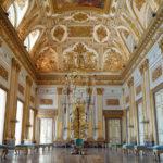 Fotografica e arte contemporanea - Ph. Credits:Liu Bolin,Hiding in Italy - Sala del Trono, Reggia di Caserta, 2017. Courtesy: Boxart, Verona