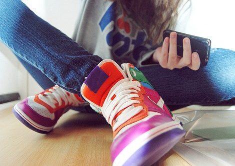 Una nuova funzionalità di Instagram per aiutare gli amici in difficoltà