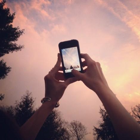Instagram hashtag creativi: svela chi scatta con #caughtgramming