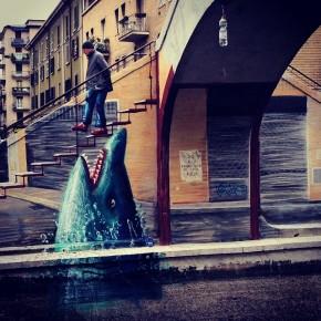 lo squalo di Marco Teatro sul Naviglio Pavese, @dcatrambone