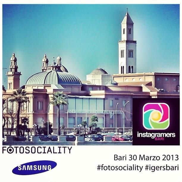 Fotosociality fa tappa a Bari