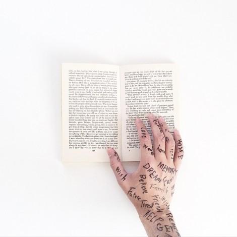 Instagram hashtag creativi: facciamo parlare le mani con #StoriesInMyHands