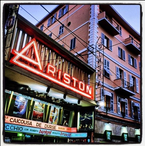 Immagine del Teatro Ariston di Sanremo