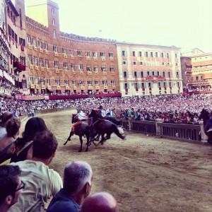 Palio di Siena su Instagram Luglio 2012