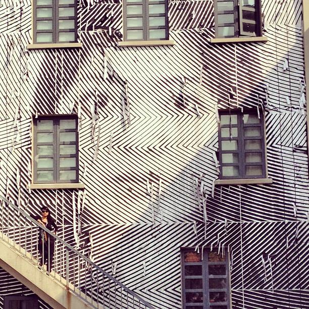 Ritratto di donna a Shanghai, ph. @supahaining