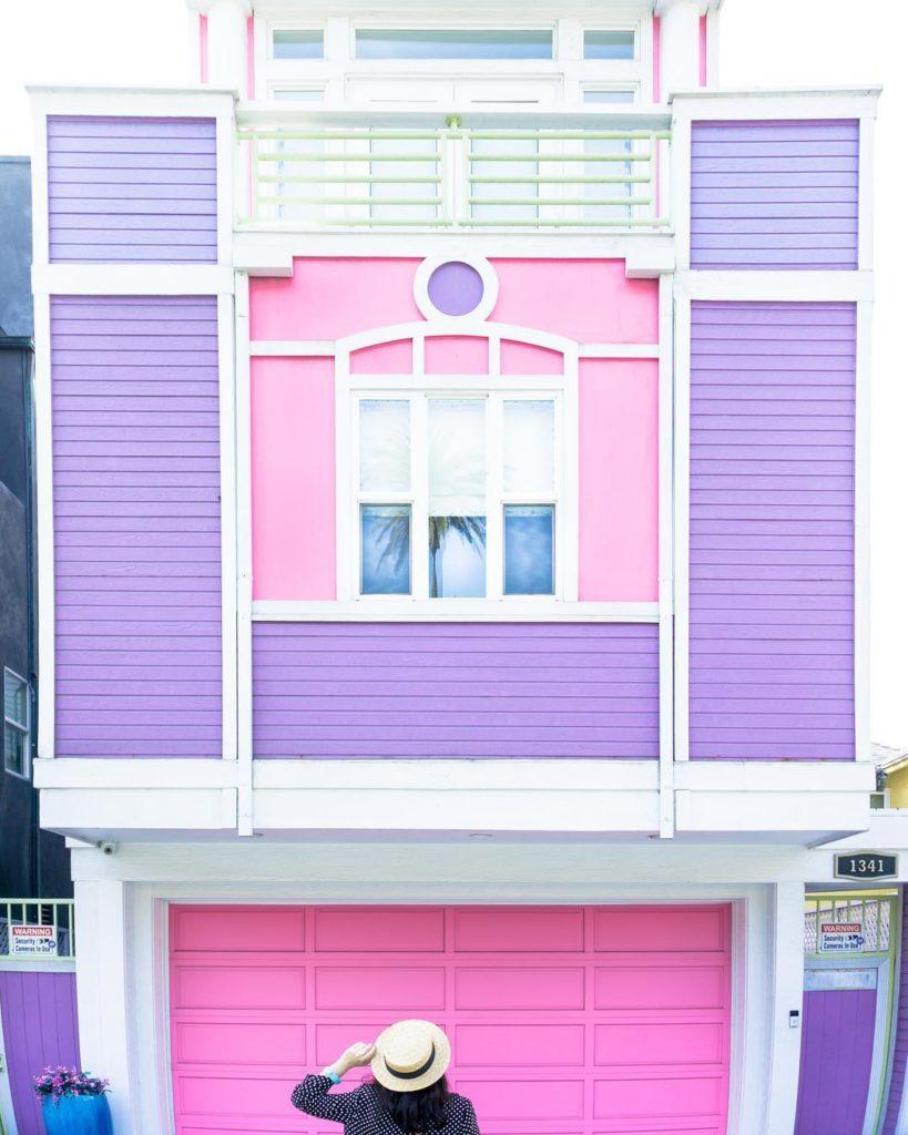 la casa di Barbie durante il suo viaggio in California